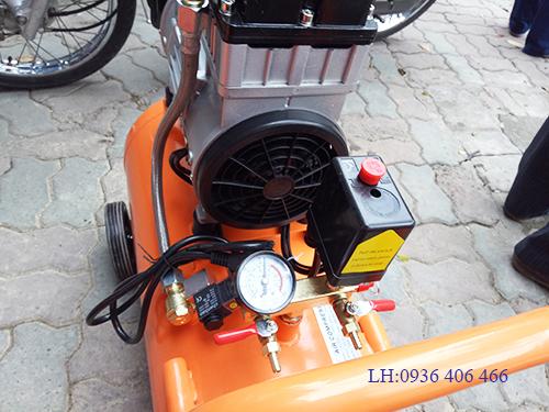 máy nén khí không dầu giảm âm 2hp 50lit