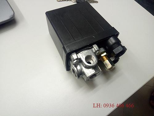 công tăc áp suất máy nén khí piston