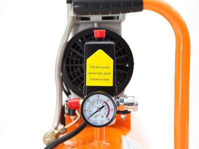 Đồng hồ, chốt an toàn, nút khởi động và 1 số chi tiết khác của máy 30 lít không dầu lucky