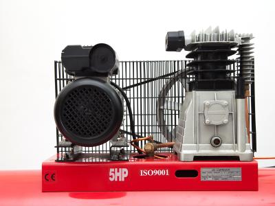 Cận cảnh đầu nén và Motor của máy nén Finy 150 lít 5HP