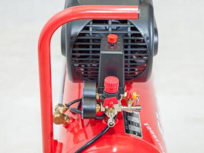 tay xách tiện dụng của máy nén khí mini 24 lít Finy 2HP